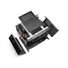 Wielokanałowy przedwzmacniacz AV AV8805